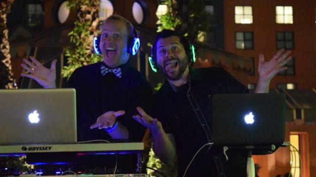 Dual DJs - Silent Party USA